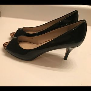 Ellen Tracy Open-toe , Black mid-Heel Pumps